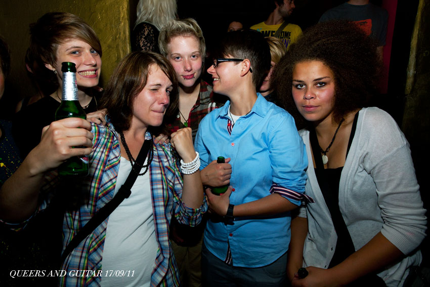 Partyfoto copyright liegt bei Queers and Guitar